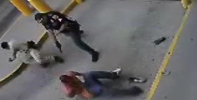 Detenuto ucciso in carcere da due agenti | Video