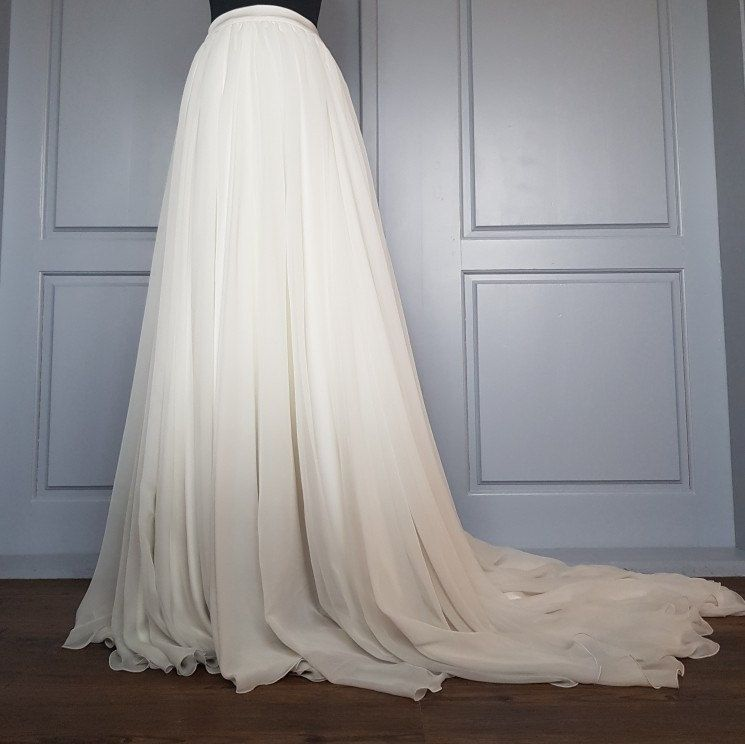 Tulia Ombre Dip Dyed Flowing Chiffon Wedding Skirt With Etsy In 2020 Grey Wedding Dress White Tulle Skirt Cape Wedding Dress