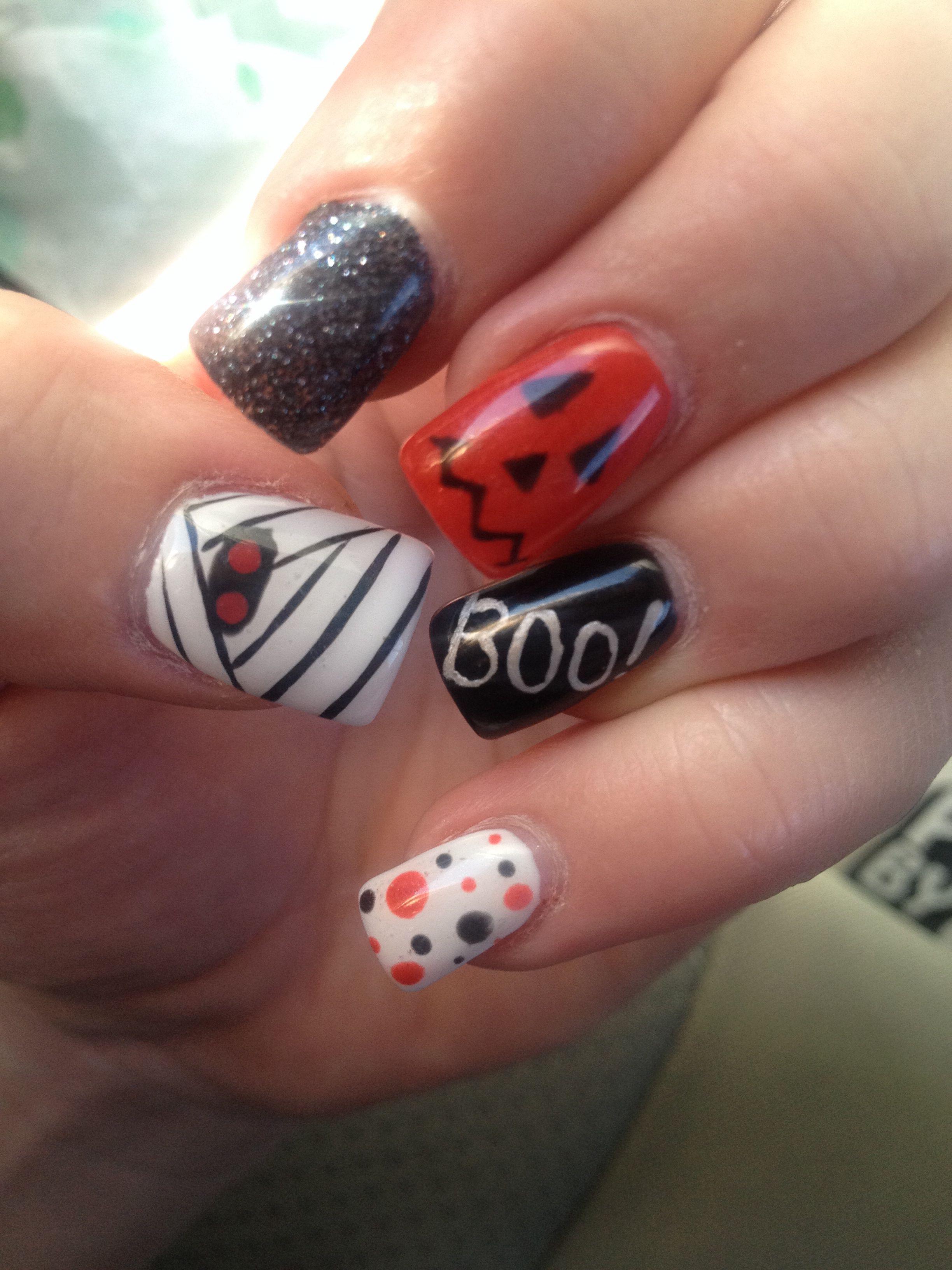 Halloween nails #gelnails #halloween #socute #fun ...