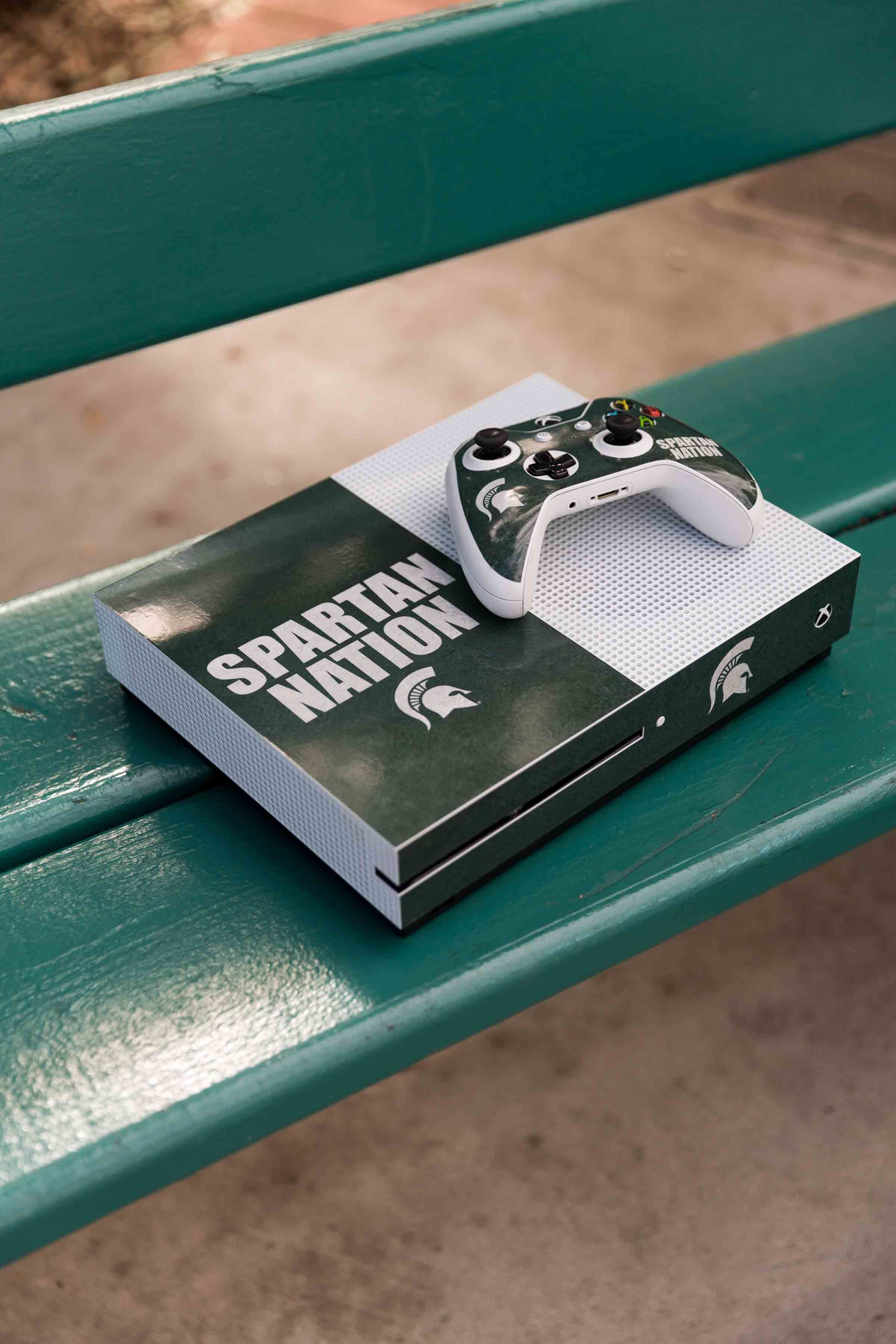 Michigan State Spartan Nation Xbox One S Bundle Skin By Skinit Explore Official Collegiate Designs For Your Xbox One S At Skin Xbox One S Xbox One Custom Xbox