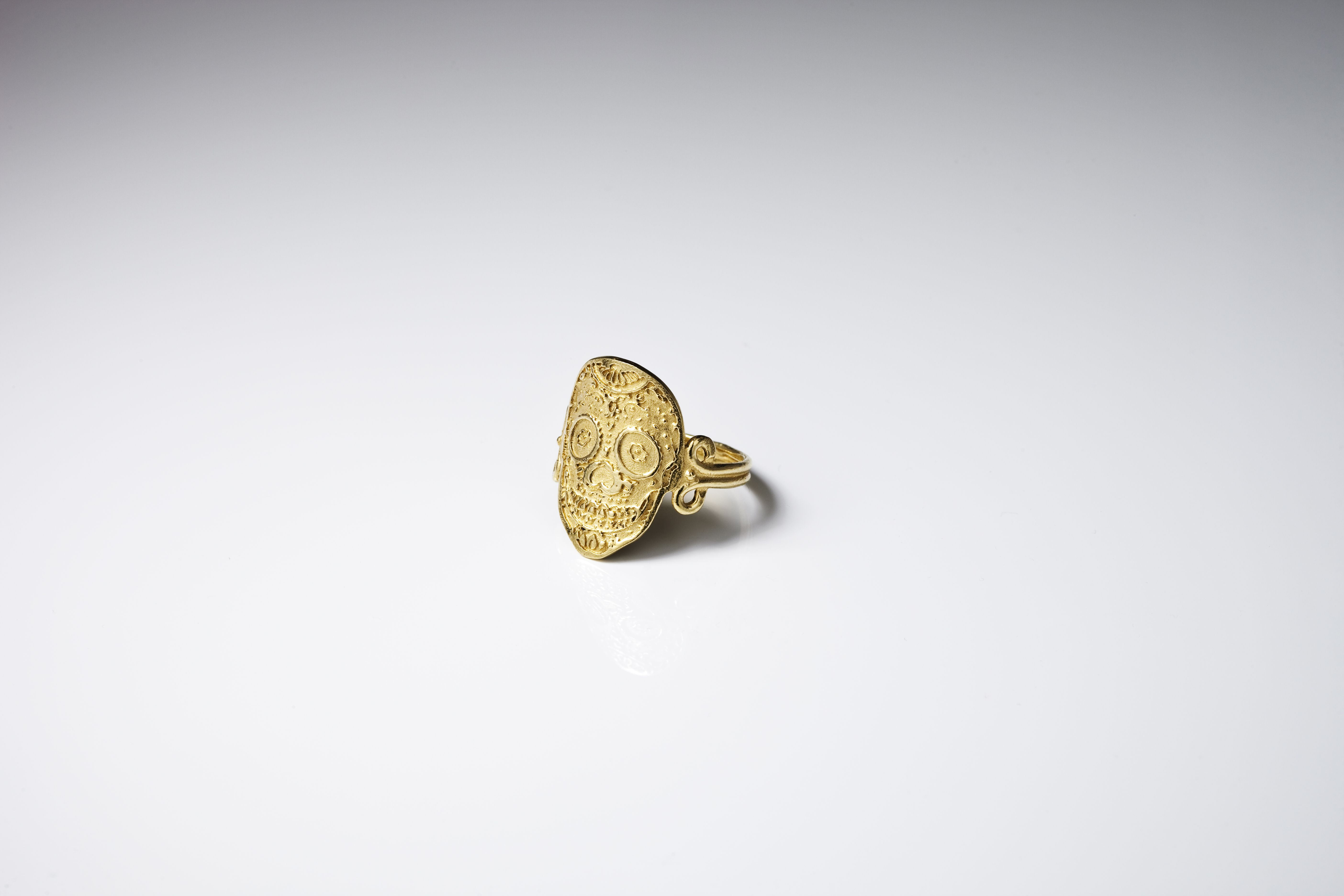 #Ring #Vermeil #Vermeilring #Skull #Mexicanskull #Bague #Corpuschristi #Bijoux #Jewelry #Tetedemortmexicaine Click on the image to see more