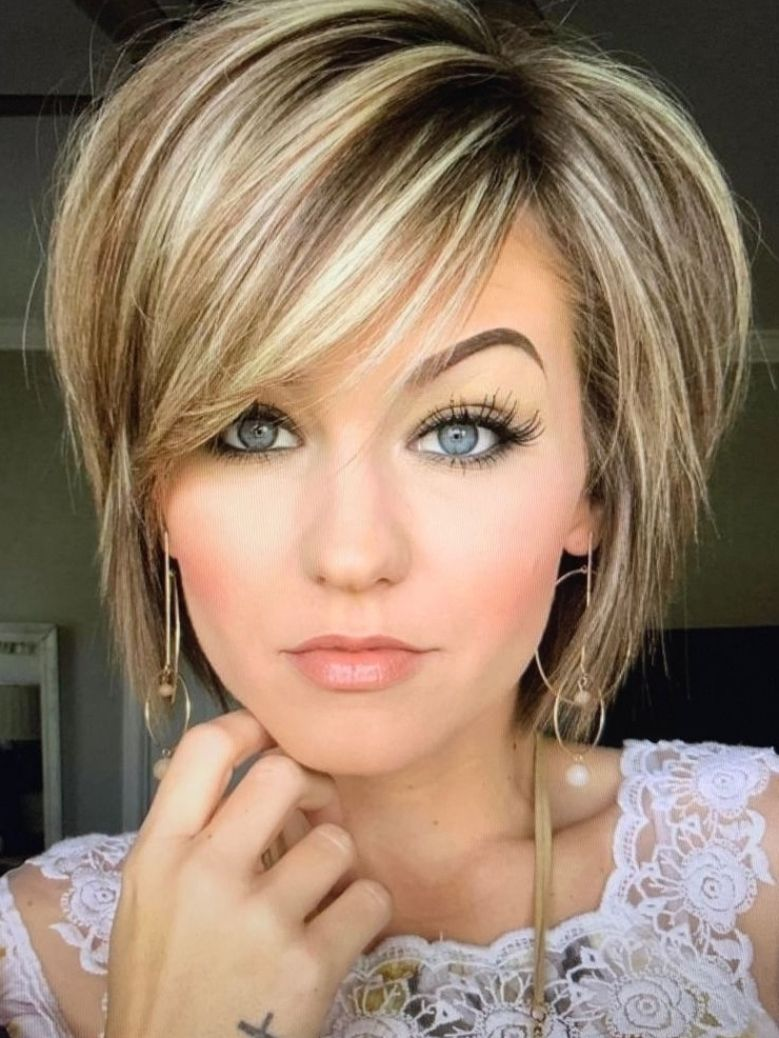 53 Stylish Layered Bob Hairstyles for Women To Loo