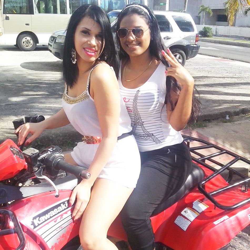 Santo Domingo Nightlife Provides Party Seekers With An Rocking Atmosphere To Let Loose Till Their Heads Gets Howl Night Life Santo Domingo Top Tours