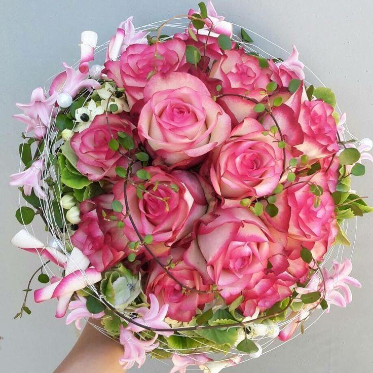 rosen rosa mit ranken  pinterest  blumenstrauß hochzeit