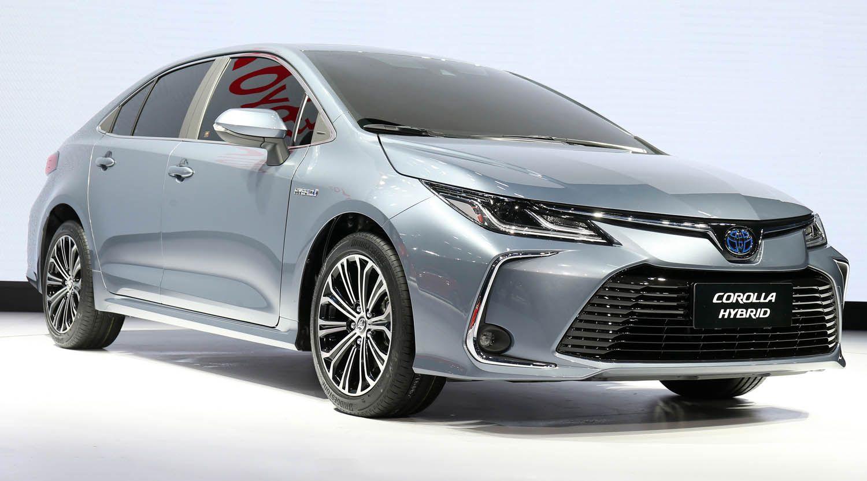 تويوتا كورولا سيدان 2020 الجديدة كليا أشهر سيارة في التاريخ وصلت بجيلها الأحدث والأكثر تطورا موقع ويلز Toyota Corolla Toyota Toyota Avensis