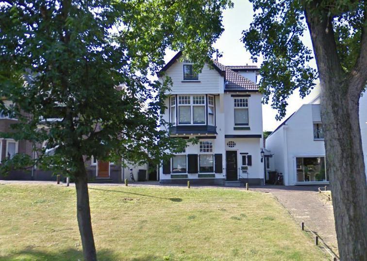 Cornelis boorsma woonde op hogeweg nr 4 1904 in een ontwerp van de architecten h j jesse en w - Te vergroten zijn huis met een veranda ...