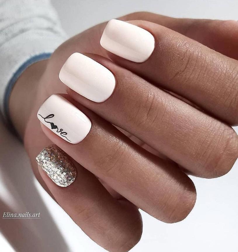 Short White Squared Acrylic Nails Short Square Acrylic Nails Acrylic Nail Designs White Acrylic Nails
