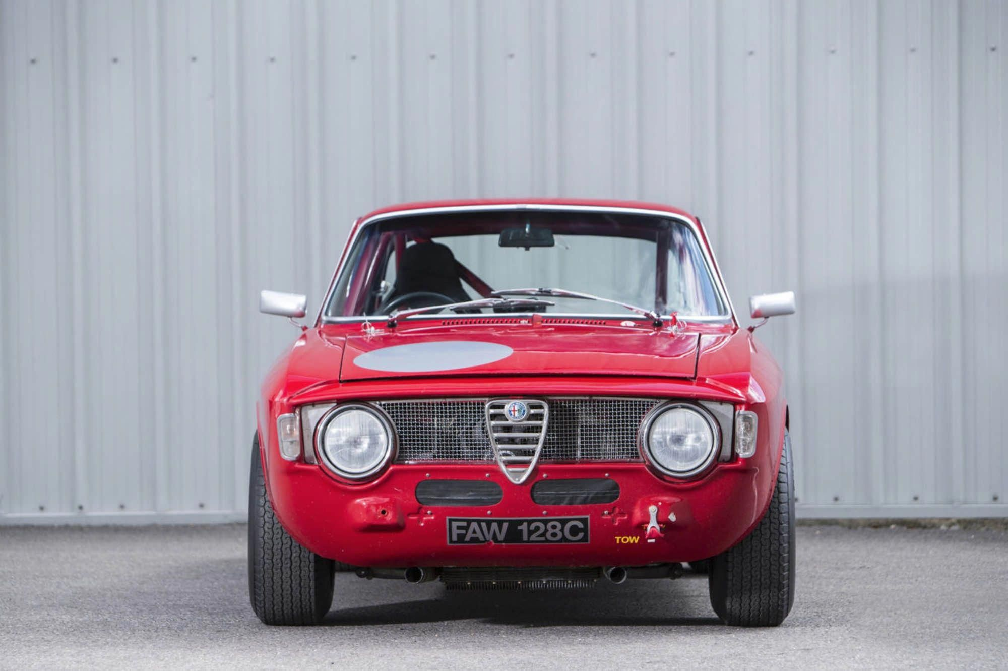 Alfa Romeo Giulia Sprint Gta Coupe Is The Lightweight Version Of