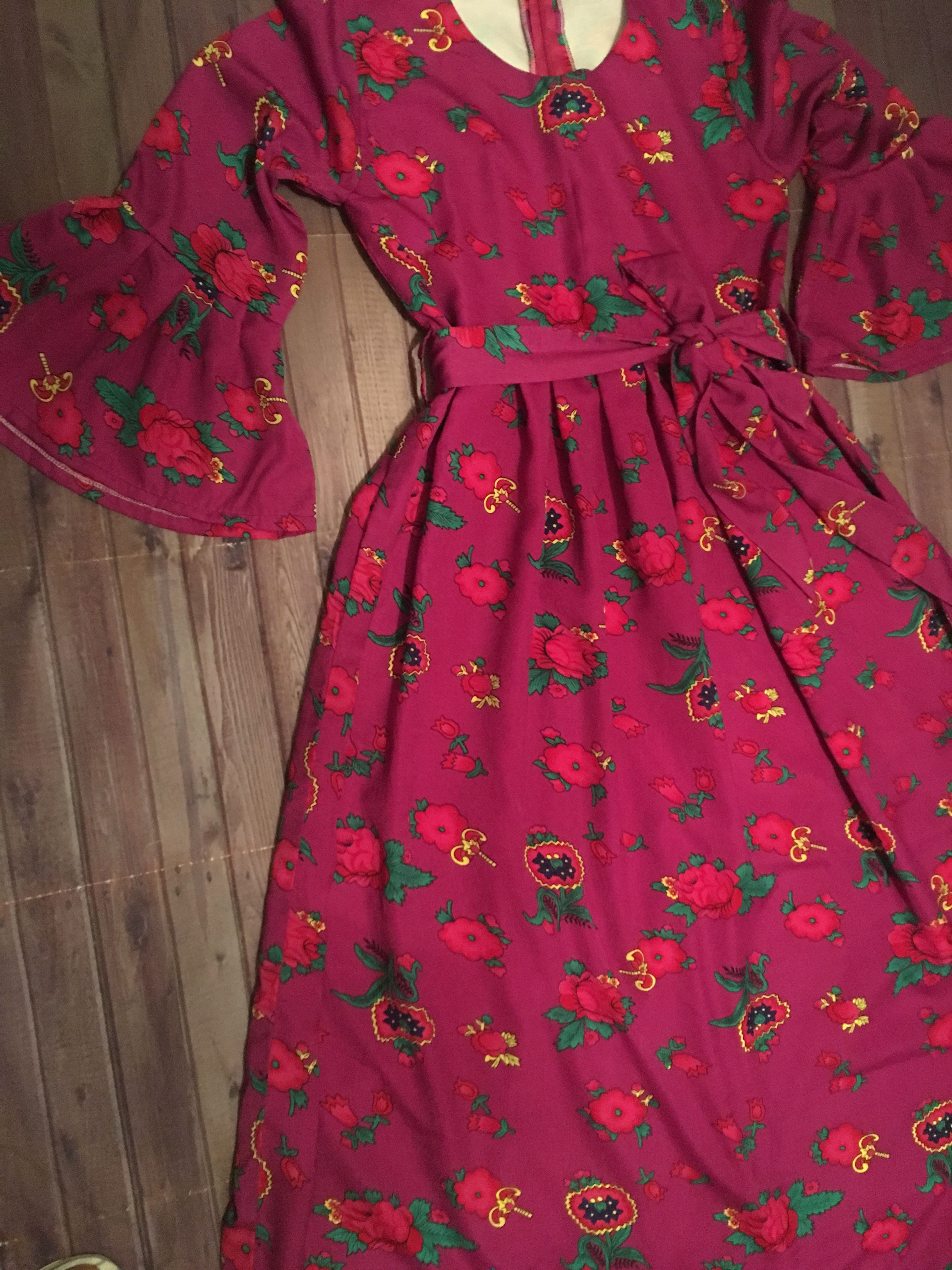 Pin By فايزة مال On Flower In 2021 Stylish Dress Book Pakistani Fashion Casual Abayas Fashion