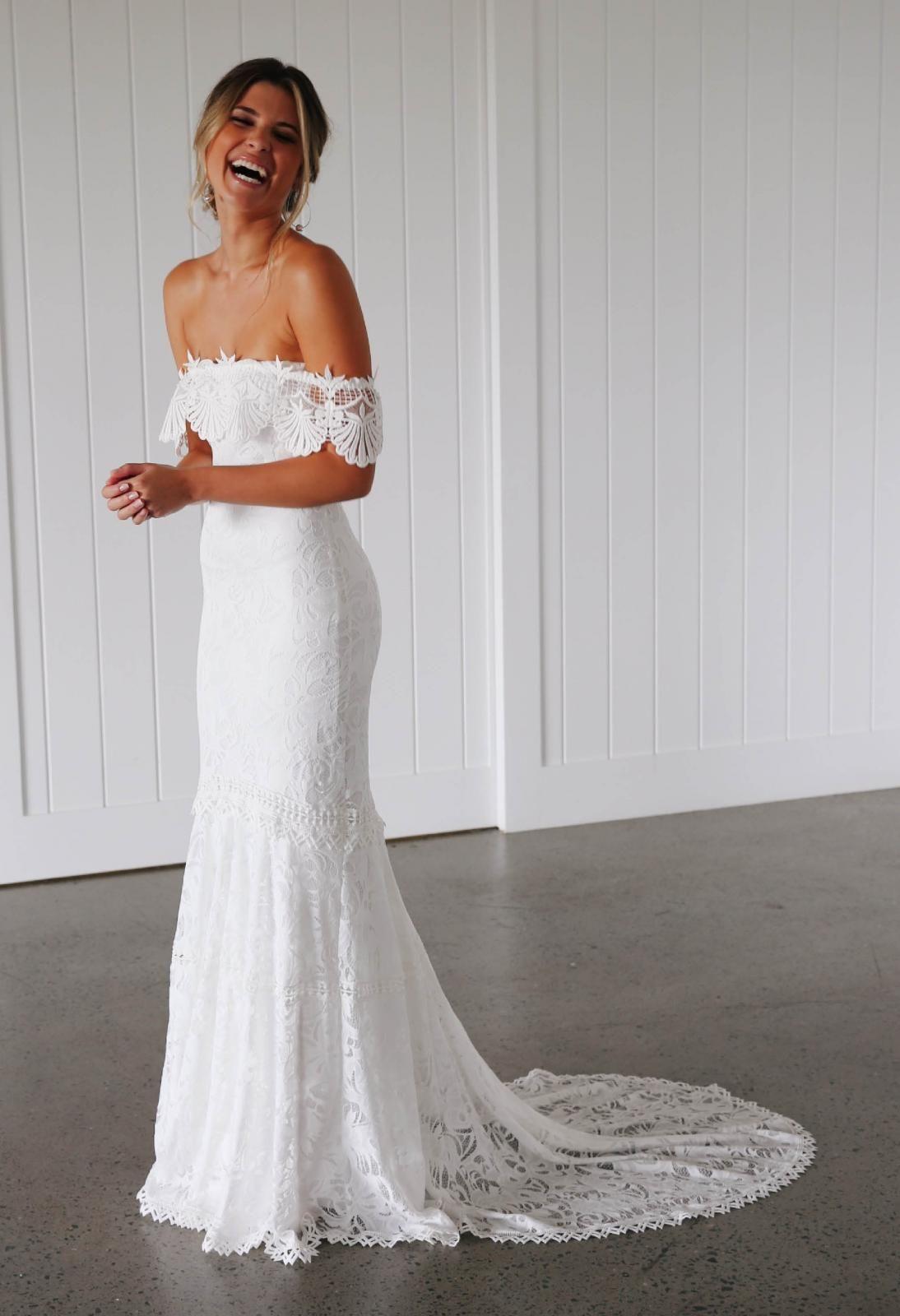 Cien Gown Lace Wedding Dress Grace Loves Lace
