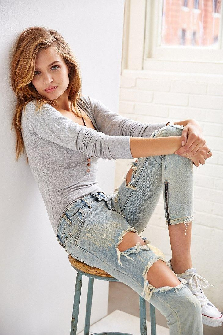 2e8c5bff604 One Teaspoon Freebird Skinny Jean #urbanoutfitters // i just love those  jeans, they are perfect. :)