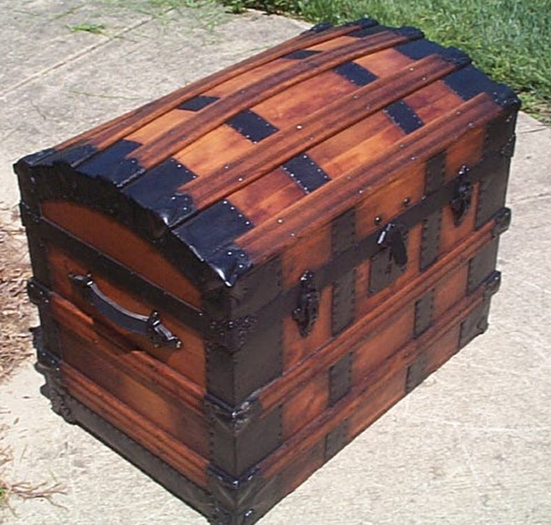 Restored Antique Dome Top Trunk For Sale 520 Antique Trunk Antique Trunk Makeover Wooden Trunks
