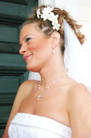 Handmade Jewelry: Custom Bridal Jewelry
