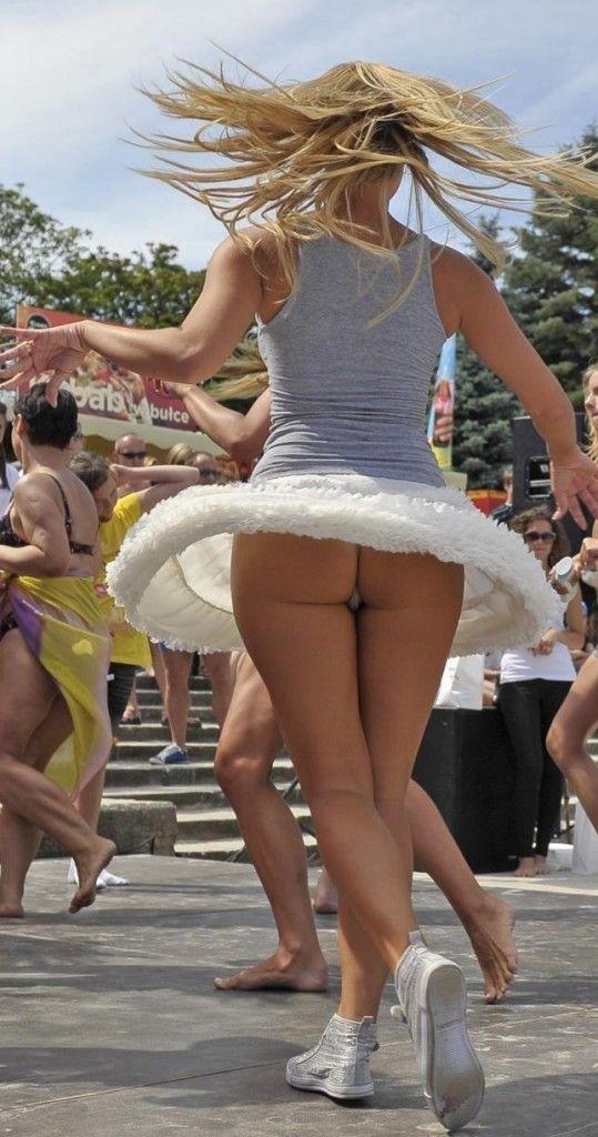 Danceing upskirt oops