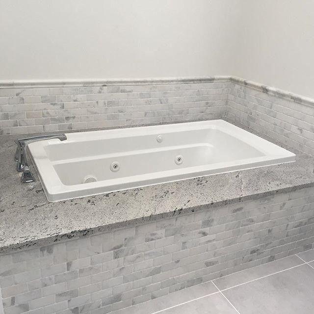 Fresh Queen Beige Marble Tile