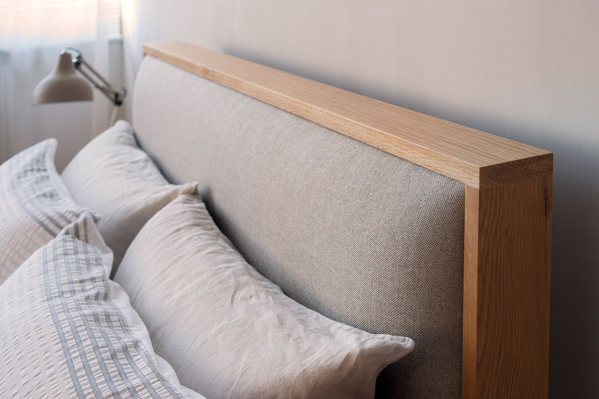 Shetland Bed With A Padded Headboard Headboards For Beds Bed
