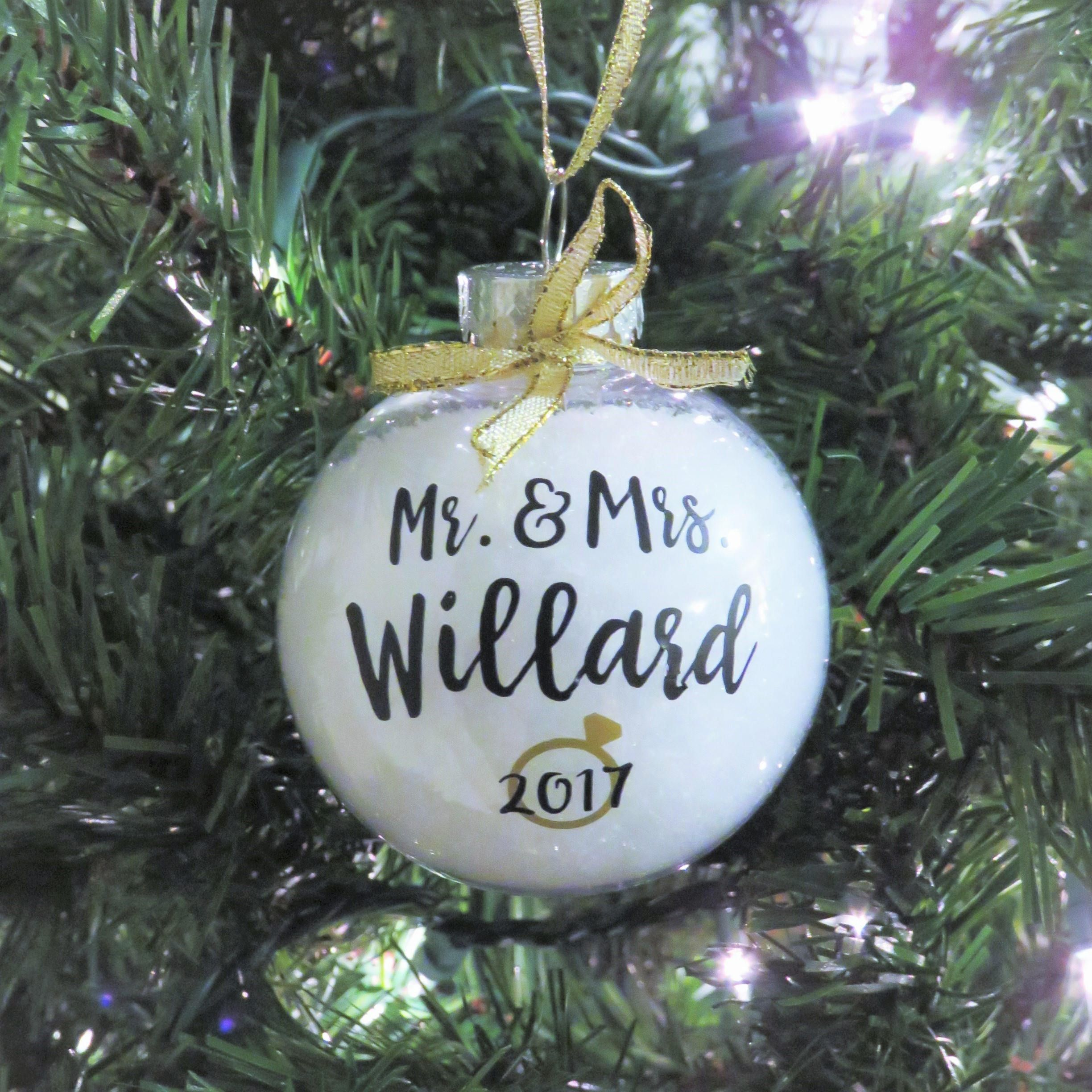 Mr. & Mrs. Personalized Ornament. Just Married. Newlywed Ornament ...