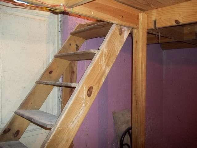 Vendo entrepiso de madera usado en muy buen estado cosas for Como hacer una escalera para entrepiso