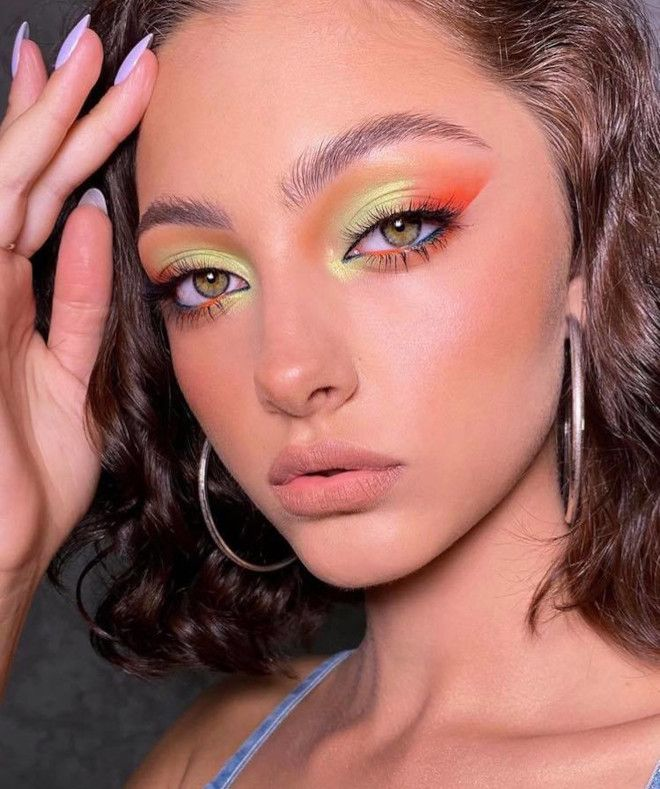 Sexy Fall Pastel Makeup Looks to Brighten Up Your Look