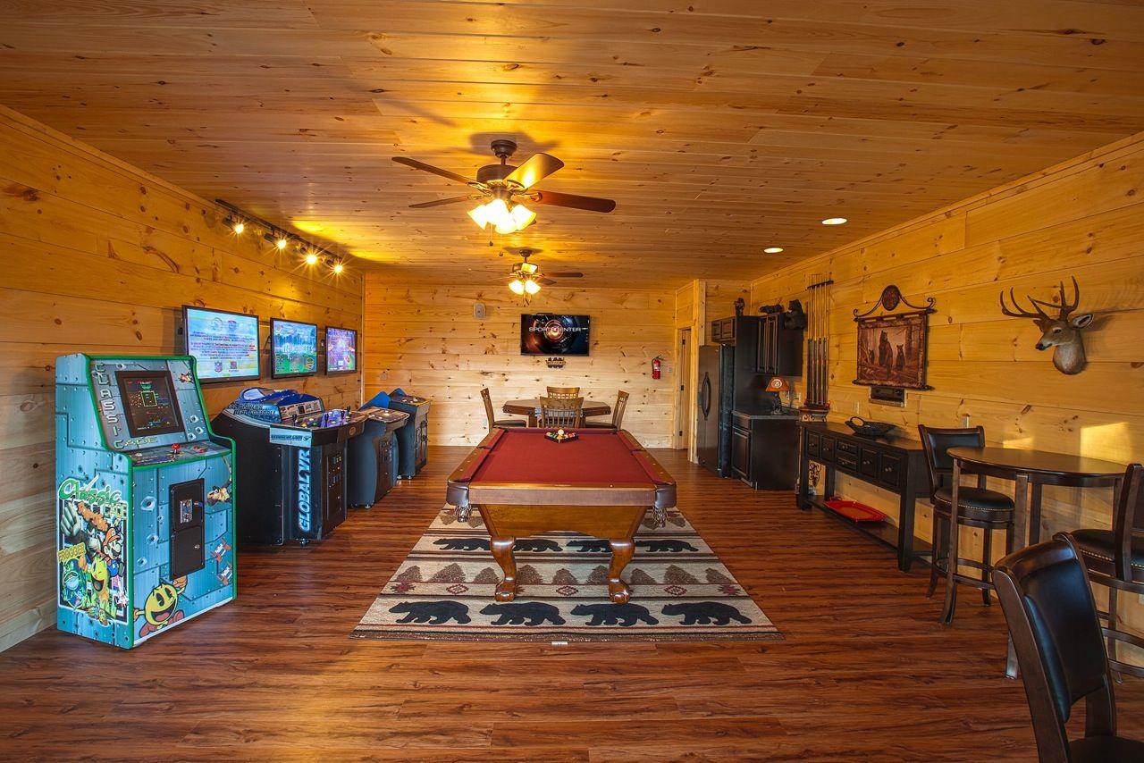 elk mountain splash cabins springs resort in mtn cabin gatlinburg es rentals tn