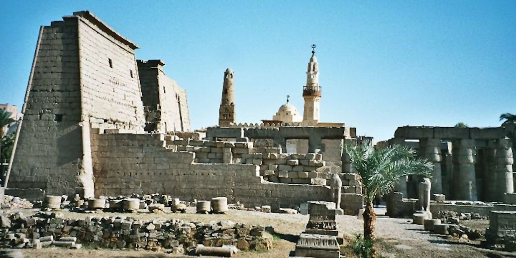 Pin By Laura Esty On Antigone Luxor Temple Ancient
