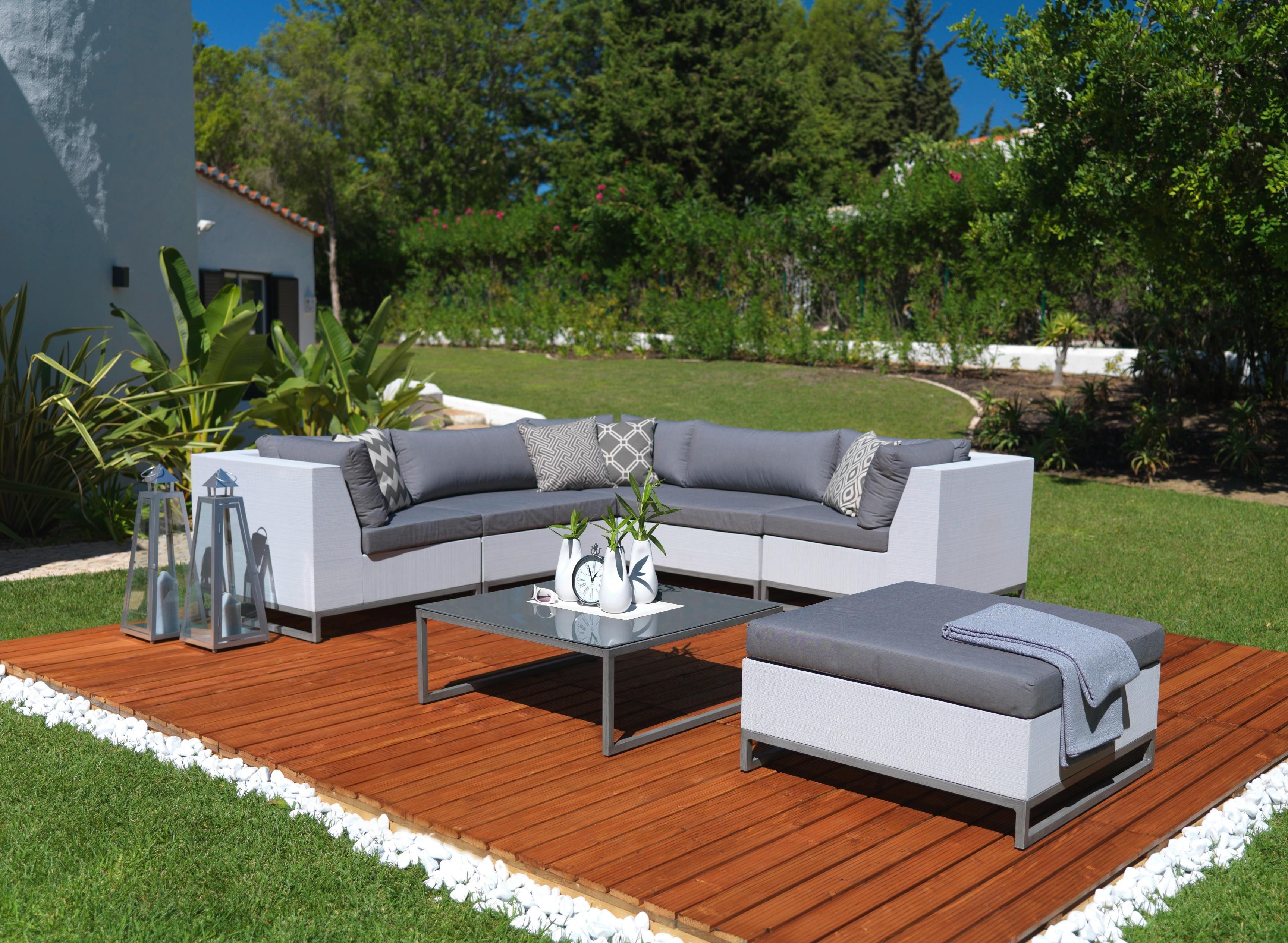 Moderne Und Gemutliche Gartenlounge Garten Lounge