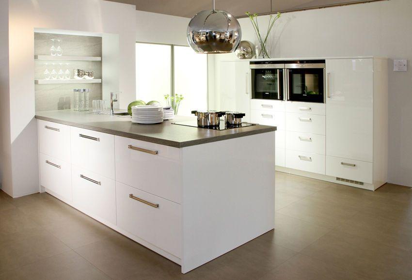 Keukens - Baden+ specialist in complete badkamers | Keuken ...