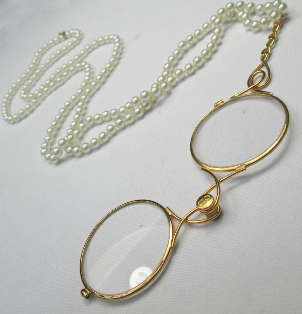 Vintage Signed Christian Dior Faux Pearl & Folding Pince Nez Glasses Necklace