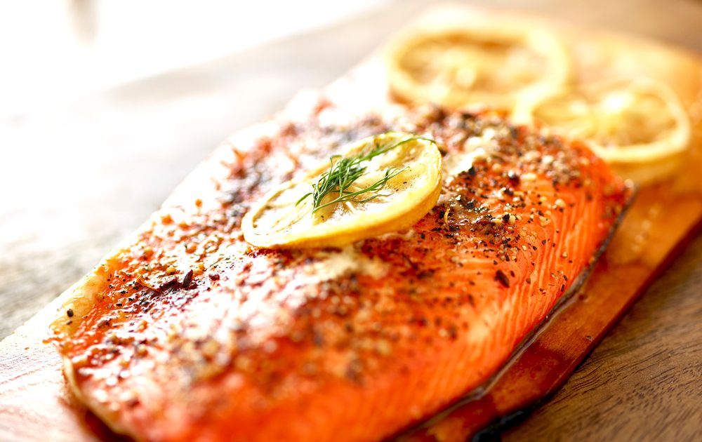3 Ingredient Entree: Baked Salmon with Lemon and Dill. http://www.tipsfromtown.com/3-ingredient-dinner-grilled-lemon-dill-salmon/