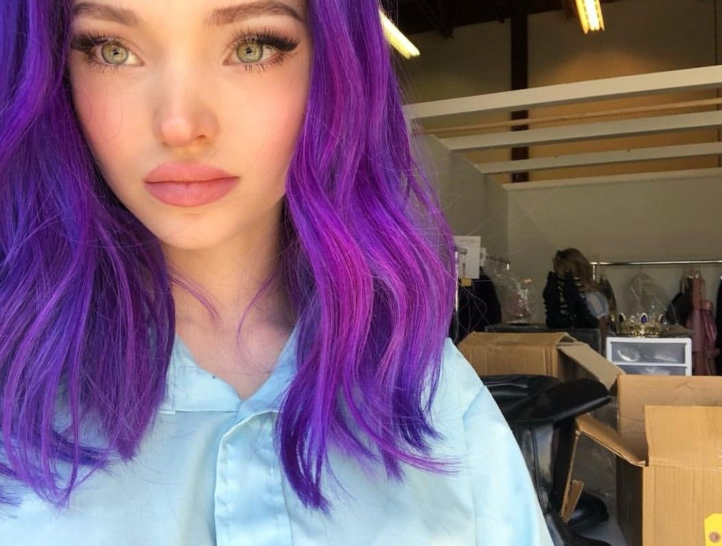 Pin By Tae Palmer On Dove Cameron Cameron Hair Purple Hair Dove Cameron Style