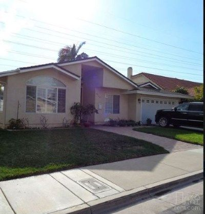 See Photos Floor Plans And More Details About 2bt Huntington Beach Wth Air Conditioning And Pool In Huntington Beach Renting A House House Rental Beach House
