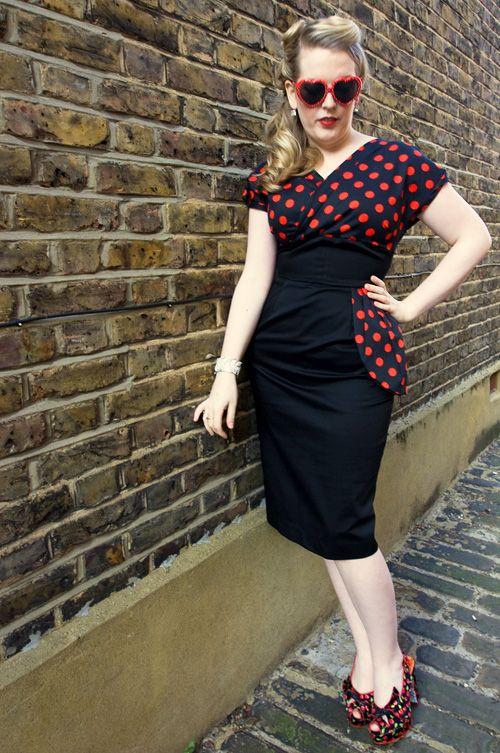 cb9e8f810c Vivien Of Holloway - Jezebel 50 s wrap dress