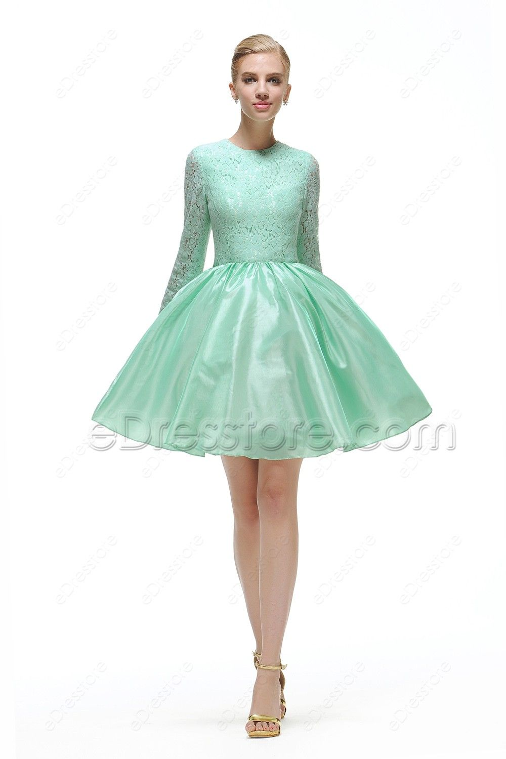 cf80430ce7c The mint green short prom dress is made of lace and taffeta fabric