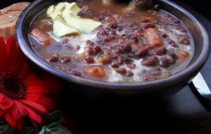 Fazuľová polievka so slaninou « Slovenská debnička