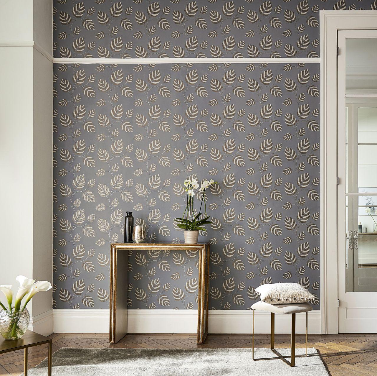 Love a natural look indoors? Grey pattern wallpaper