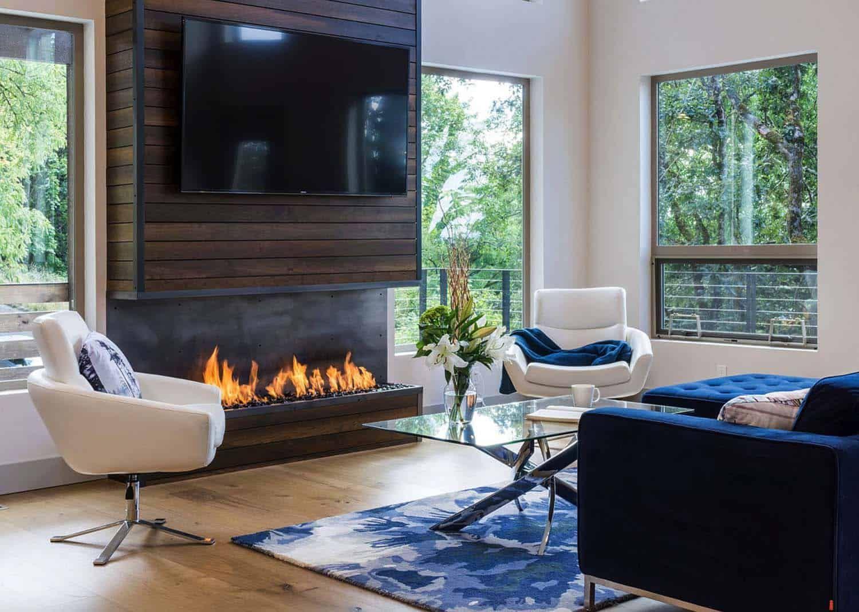 Luminous hillside home in Oregon takes advantage of its ...