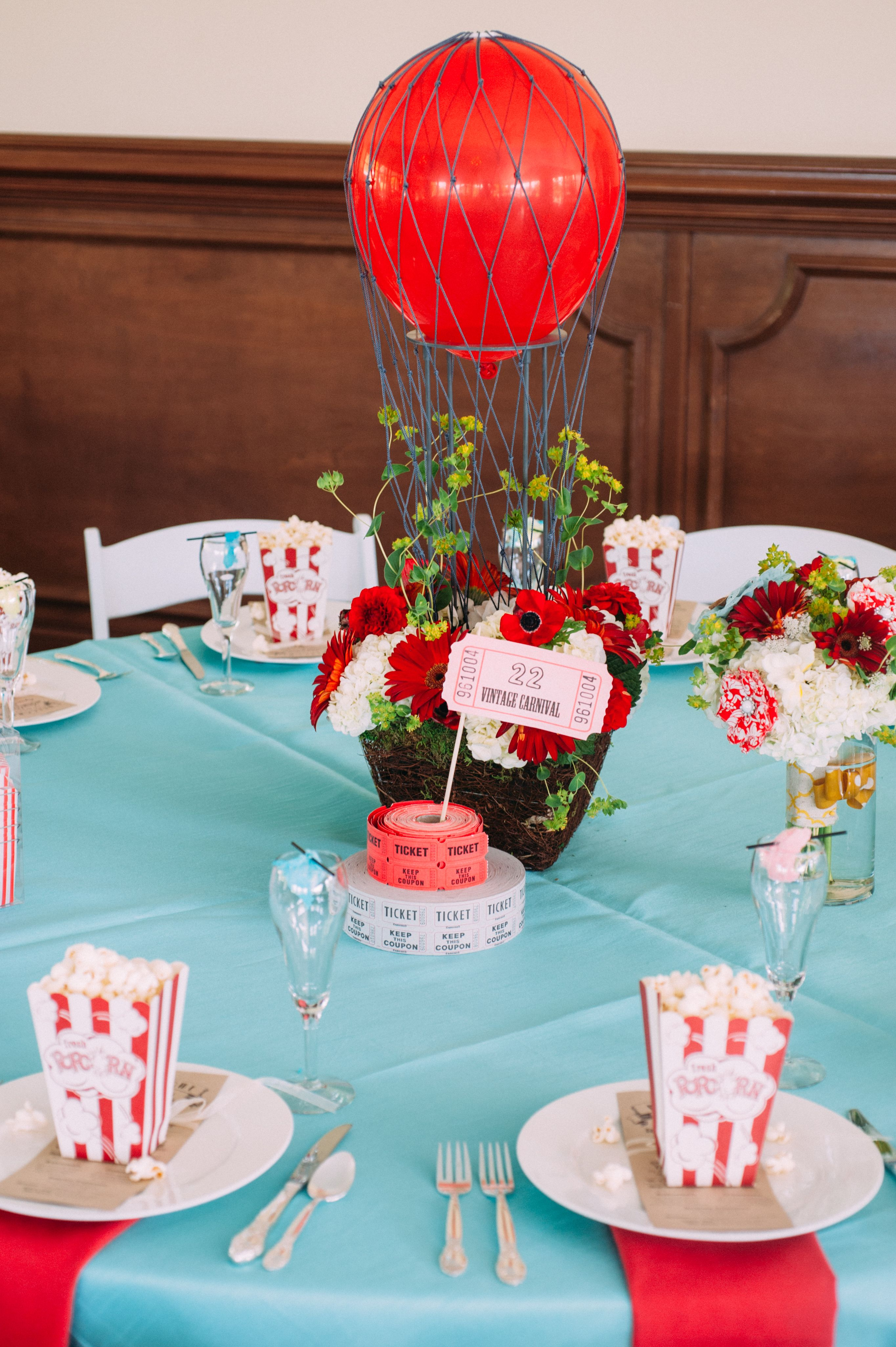 Carnival Table Setting, Movie Night Place Setting, Hot Air