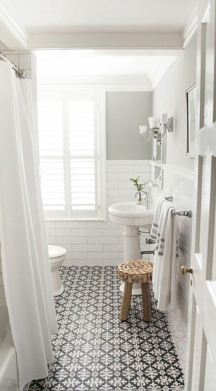 Salle D Eau Blanche Et Bois jolie-salle-de-bain-avec-carrelage-noir-et-blanc-chaise-en