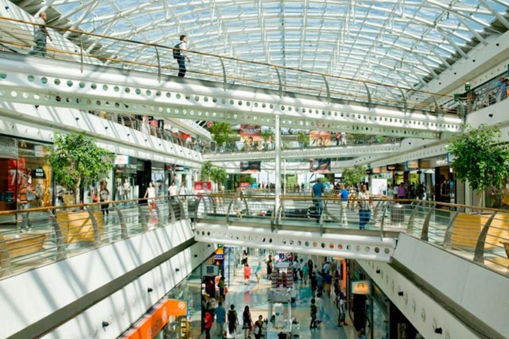 Shopping in lisbon where to find malls markets stores and top 10 lisbon malls and shopping centers via feb sciox Gallery