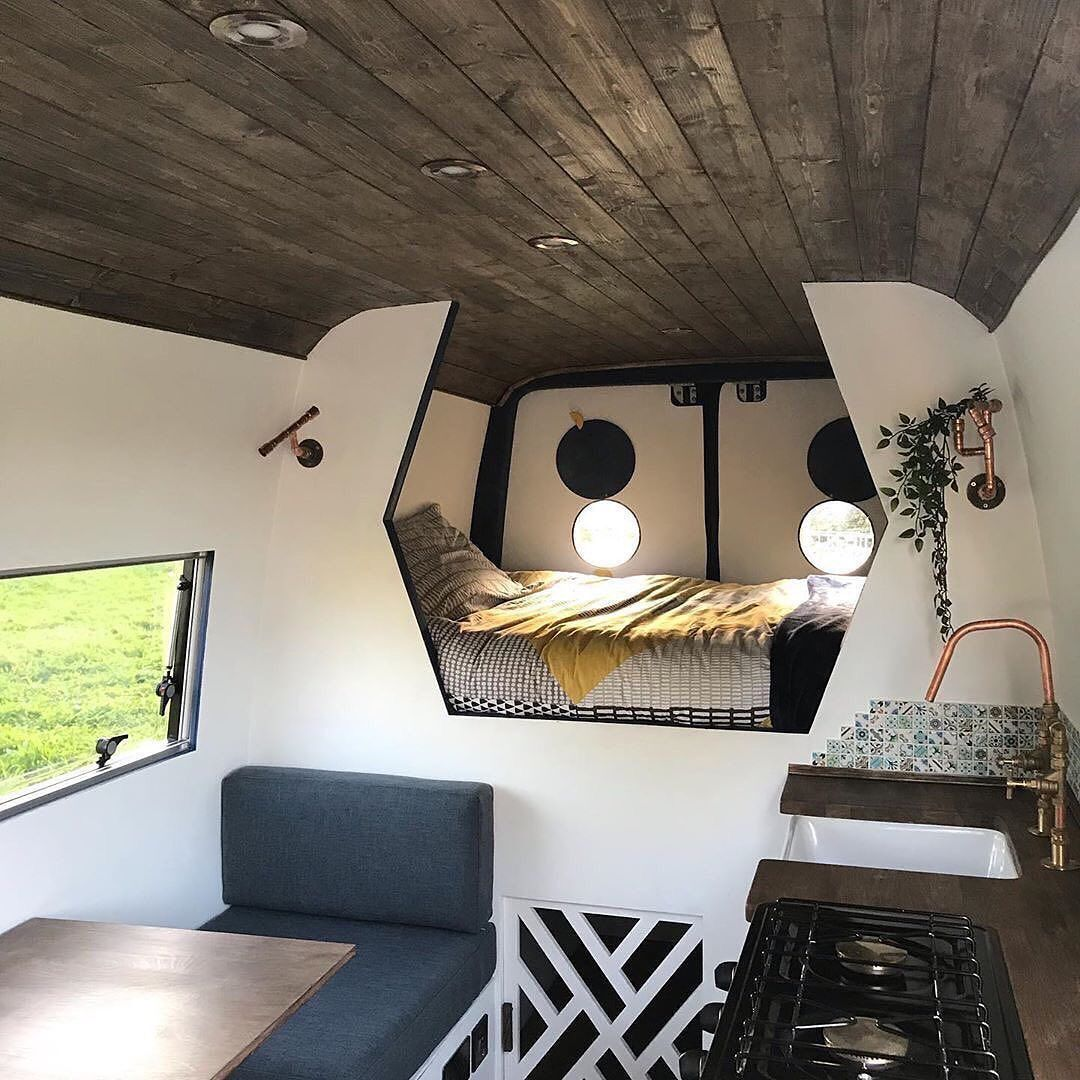 """Photo of Van Boy Life on Instagram: """"• It's the little things that all add up to make a stunning van conversion! . Who's a fan?🙋🏼♂️ . 🚐 2012 VW Crafter LWB 📸 @liveslowcampers…"""""""