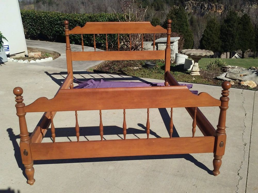 Ethan Allen Early American Full Bedframe And Guard Rails