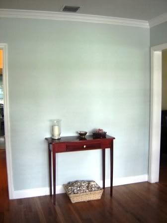 quiet moments cut black cottontail white benjamin moore living room vs sherwin williams sea salt number