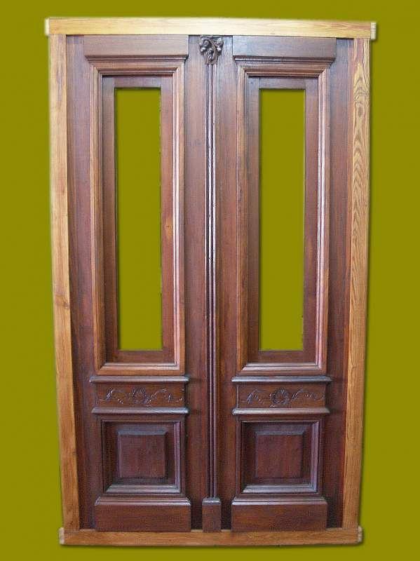 Puertas antiguas de madera doble hoja buscar con google for Puertas antiguas de madera de 2 hojas