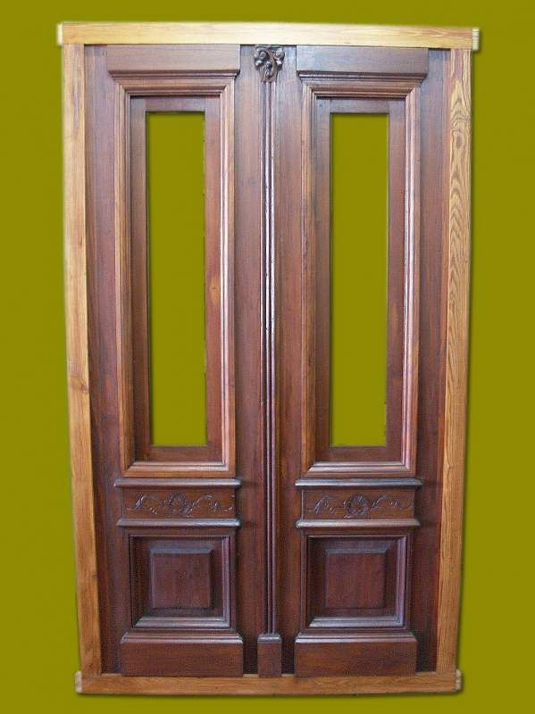 Puertas antiguas de madera doble hoja buscar con google for Puertas antiguas dobles