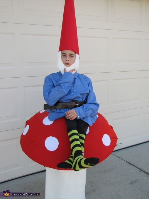 Gnome on a Toad Stool - Halloween Costume Contest at Costume-Works.com #gnomecostume
