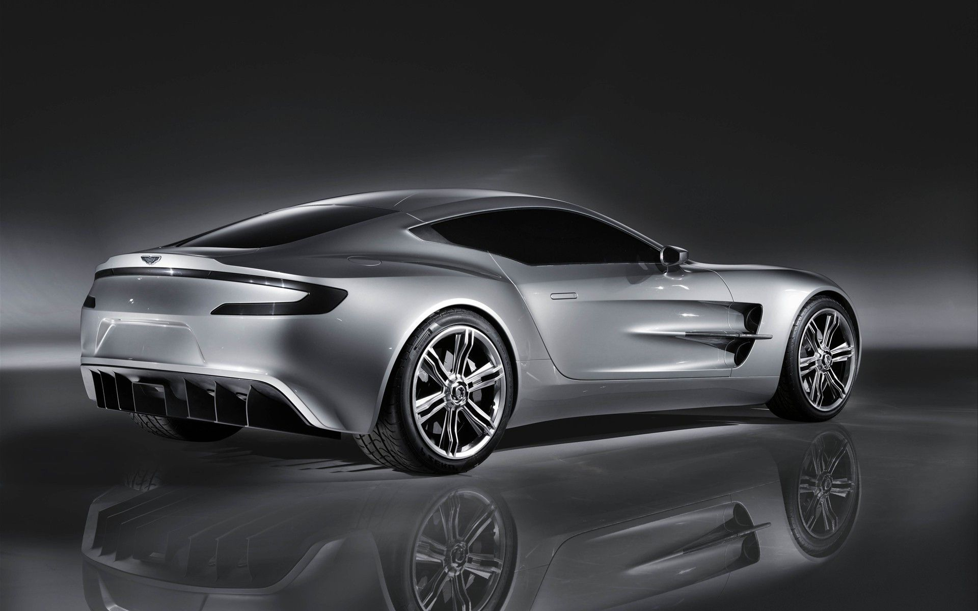 Aston Martin One Theme Car Specs