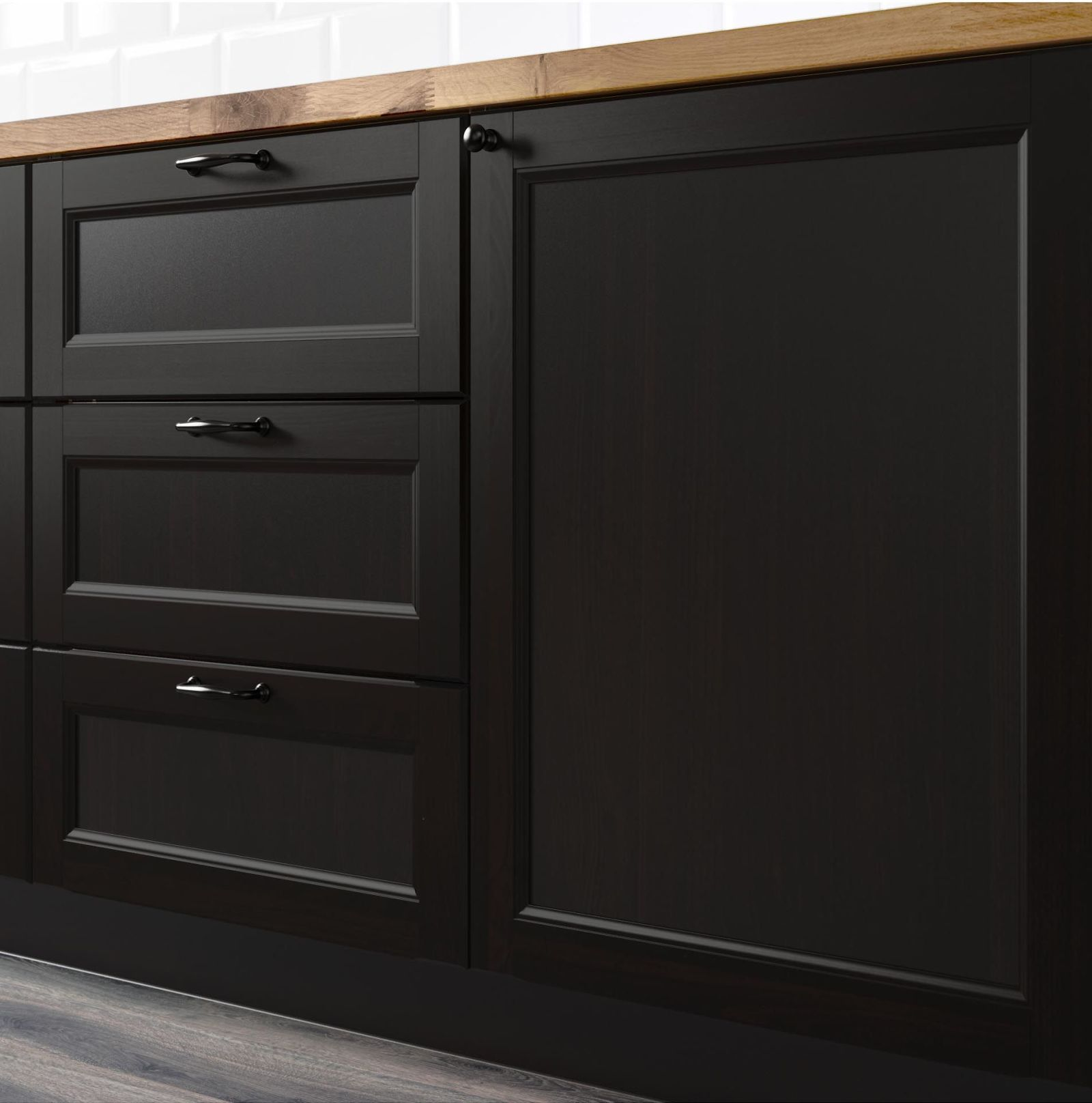 Best Matte Black Is Taking Over Kitchens Everywhere Black 400 x 300