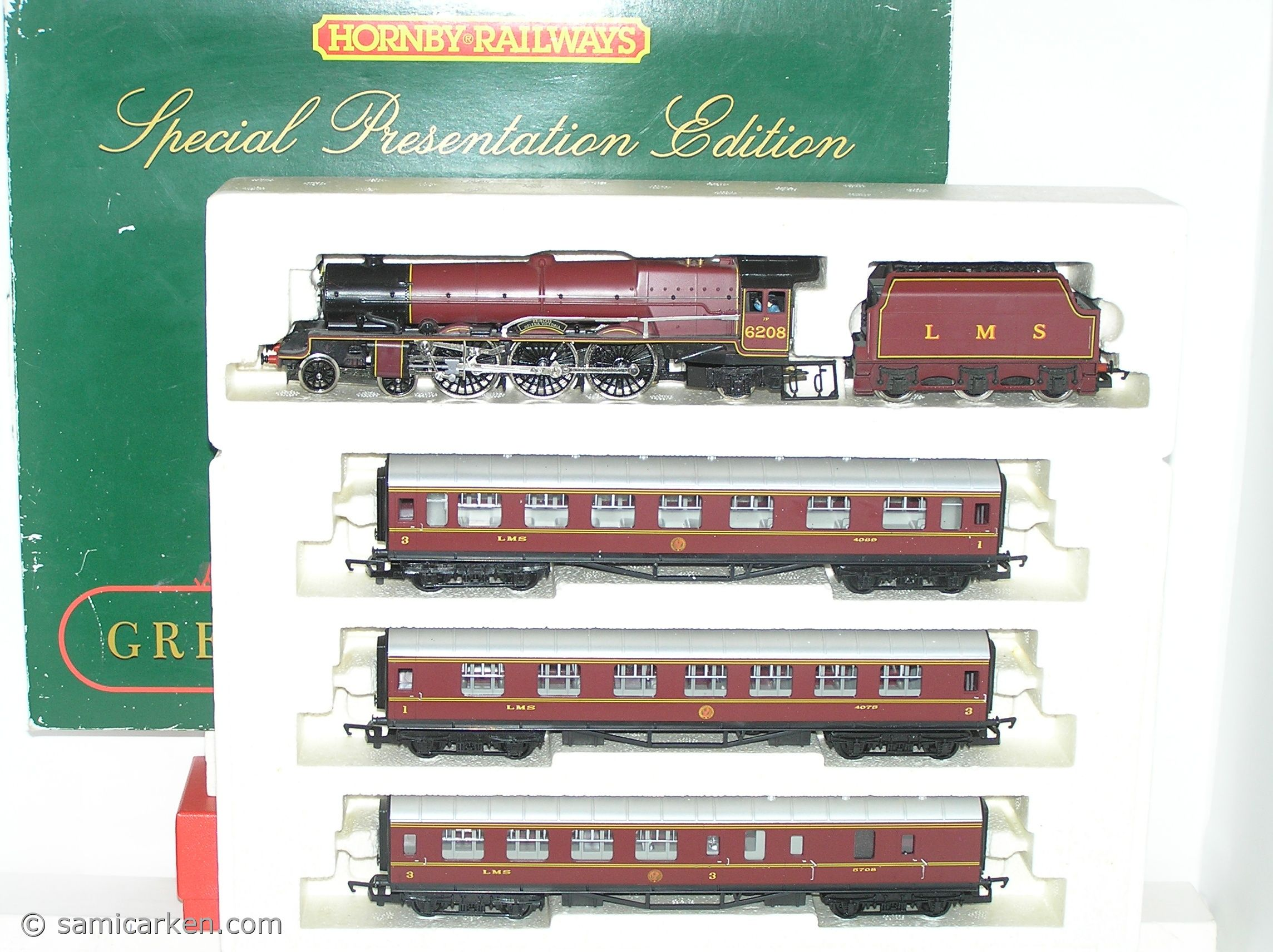 Hornby R2033 Lms Princess Cl The Royal Scot Ltd Edn Train Pack