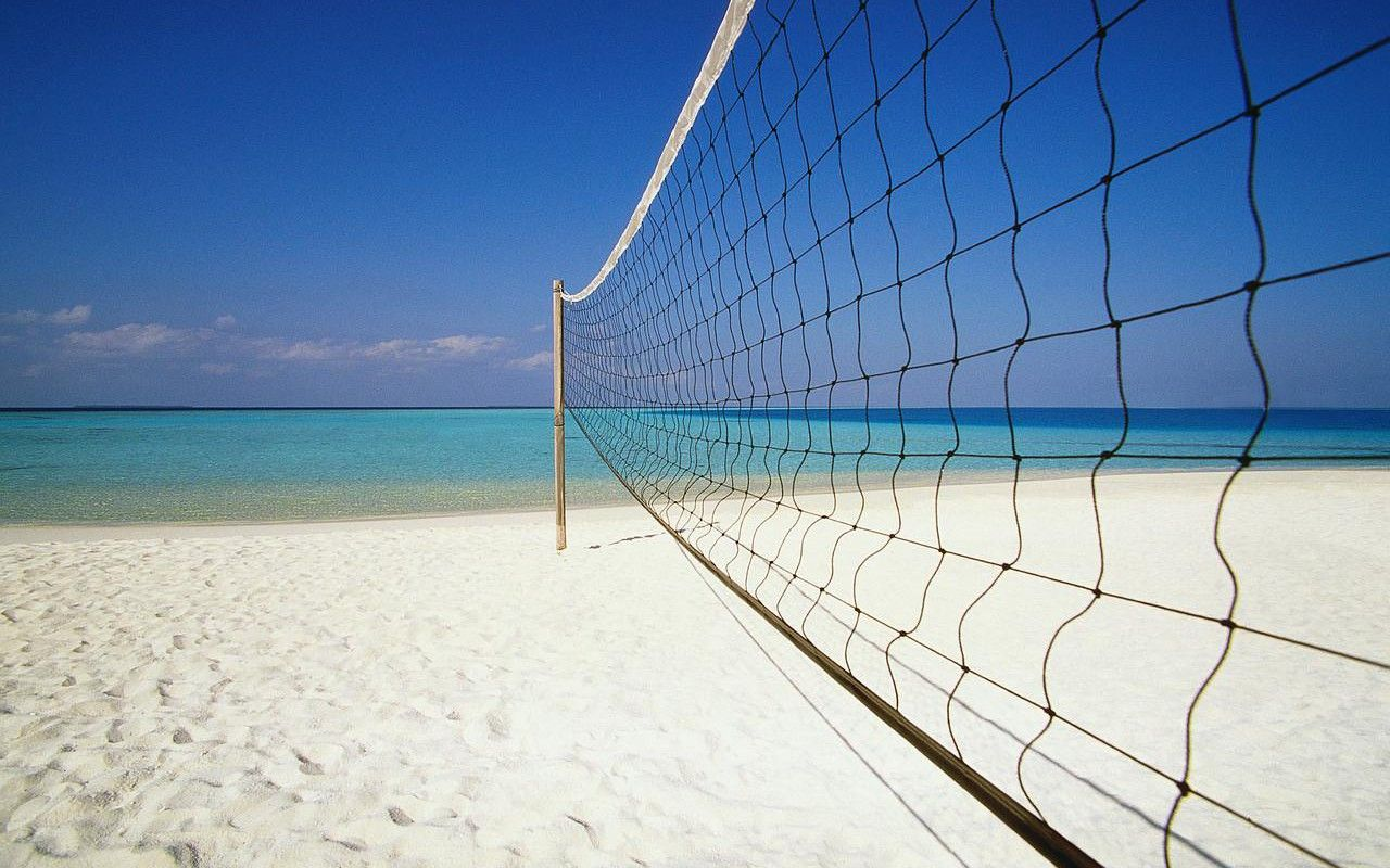 Beautiful View This Is What I Would Like To Be Doing Right Now Volleyball Wallpaper Beach Volleyball Volleyball Pictures