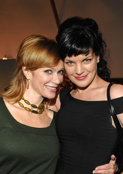 A favourite ginger (Lauren Holly) with a favourite brunette (Pauley Perrette)